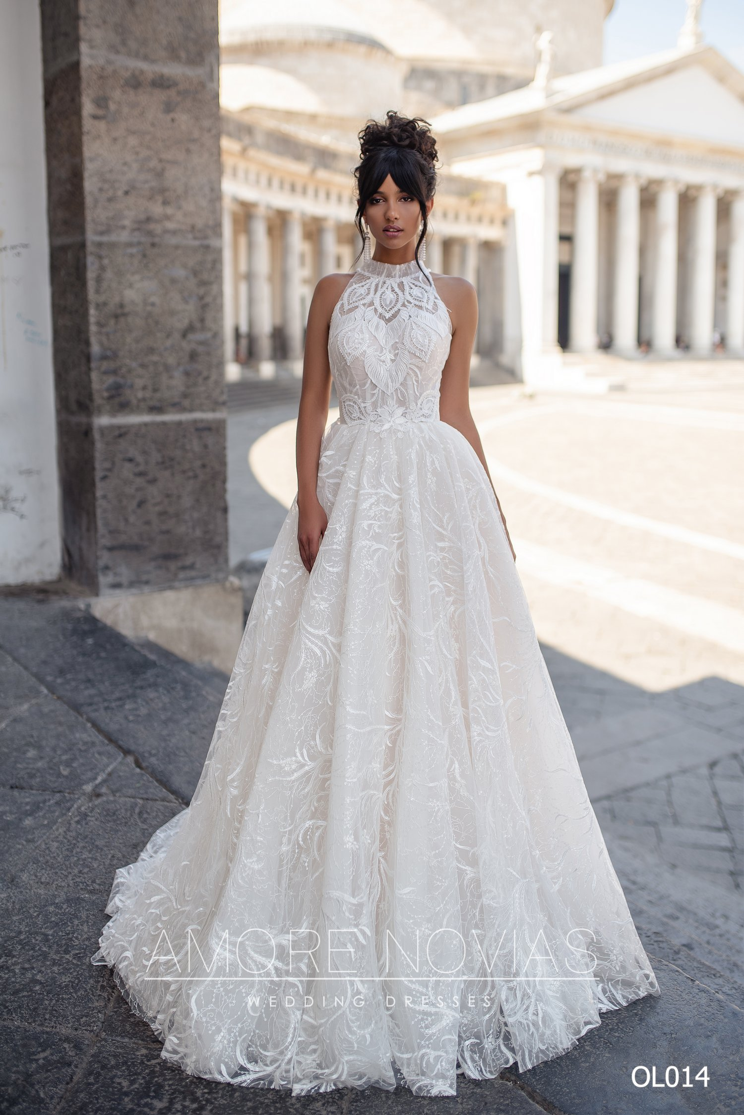 http://amore-novias.com/images/stories/virtuemart/product/OL014       (1).jpg