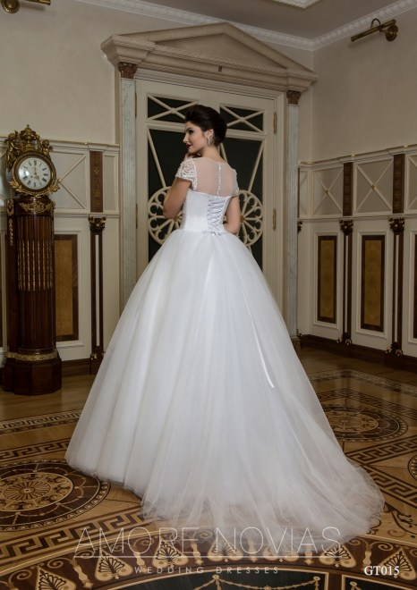 http://amore-novias.com/images/stories/virtuemart/product/GT015       (2).jpg