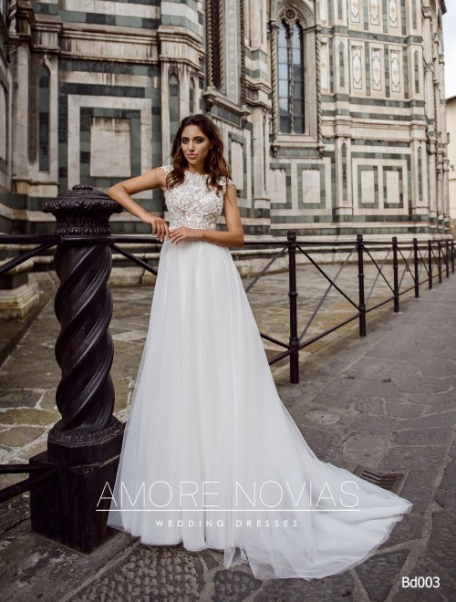 http://amore-novias.com/images/stories/virtuemart/product/bd003-------(1).jpg