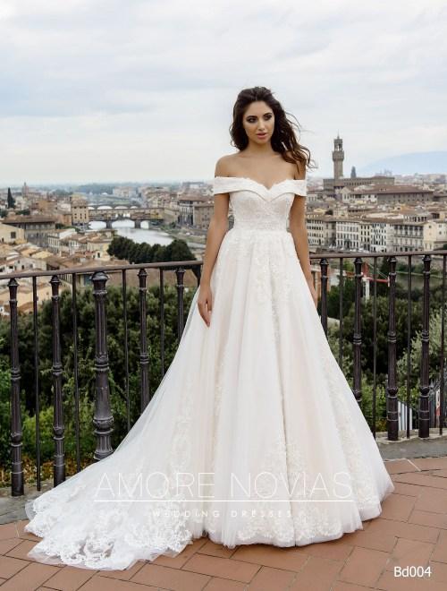 http://amore-novias.com/images/stories/virtuemart/product/bd004-------(1).jpg
