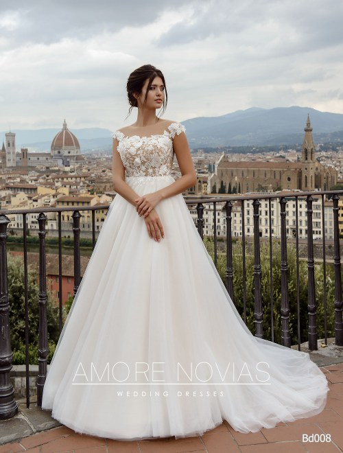 http://amore-novias.com/images/stories/virtuemart/product/bd008-------(1).jpg