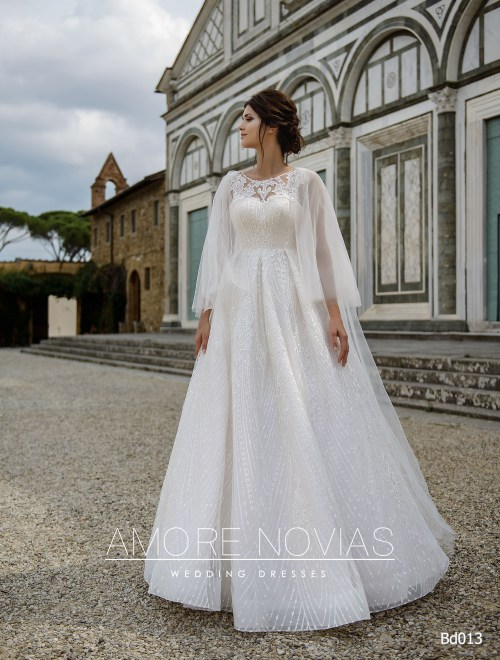 http://amore-novias.com/images/stories/virtuemart/product/bd013-------(1).jpg