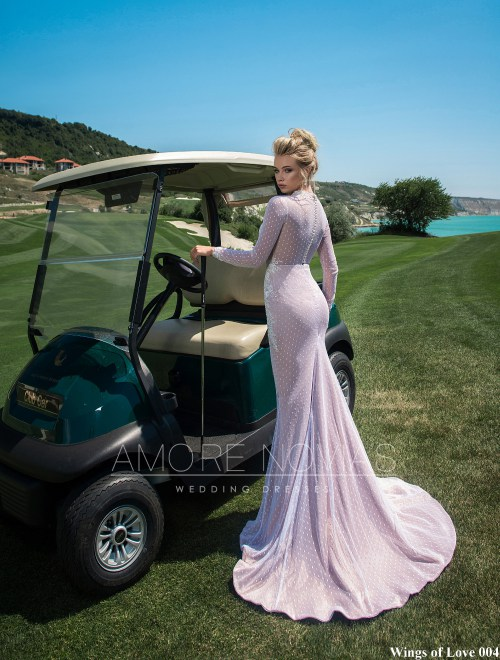 http://amore-novias.com/images/stories/virtuemart/product/lk-004-------(3).jpg