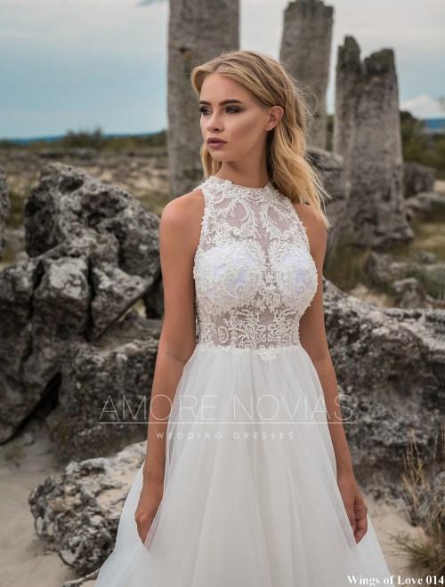 http://amore-novias.com/images/stories/virtuemart/product/lk-014-------(2).jpg