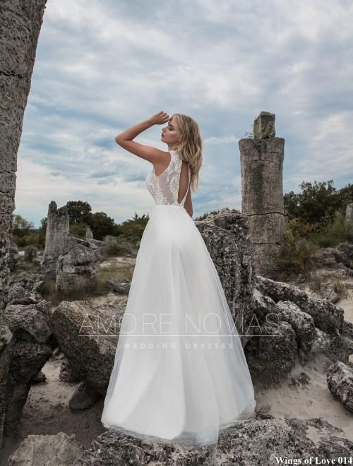http://amore-novias.com/images/stories/virtuemart/product/lk-014-------(3).jpg