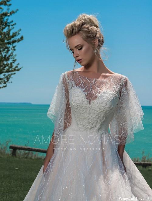 http://amore-novias.com/images/stories/virtuemart/product/lk-030-------(2).jpg