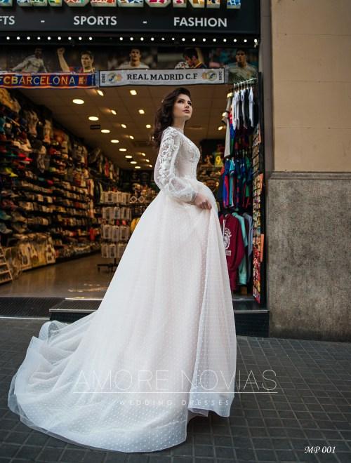 http://amore-novias.com/images/stories/virtuemart/product/mp-001-------(4).jpg