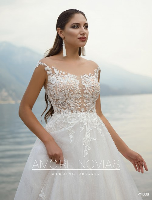 http://amore-novias.com/images/stories/virtuemart/product/pm008-------(2).jpg