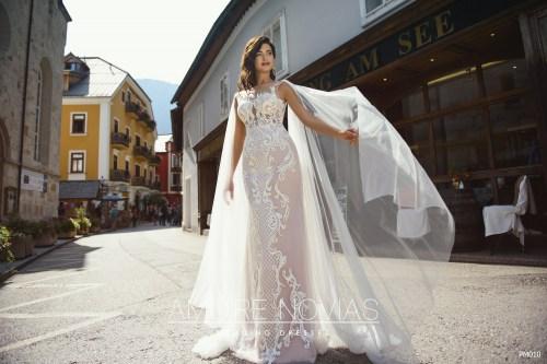 http://amore-novias.com/images/stories/virtuemart/product/pm010-------(2).jpg