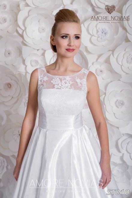 http://amore-novias.com/images/stories/virtuemart/product/st010_.jpg