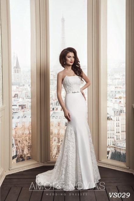 http://amore-novias.com/images/stories/virtuemart/product/vs029.jpg