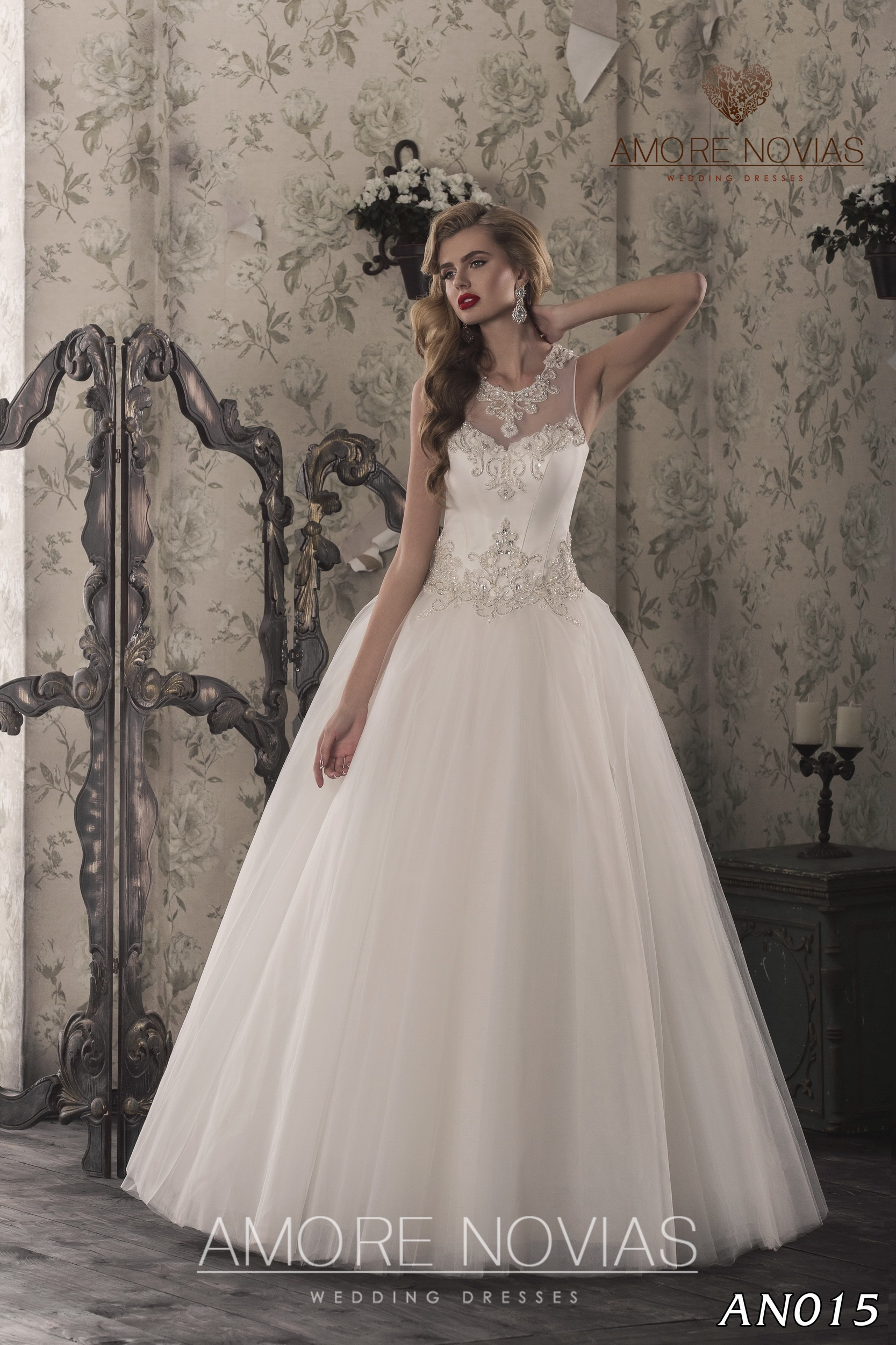 https://amore-novias.com/images/stories/virtuemart/product/an015.jpg