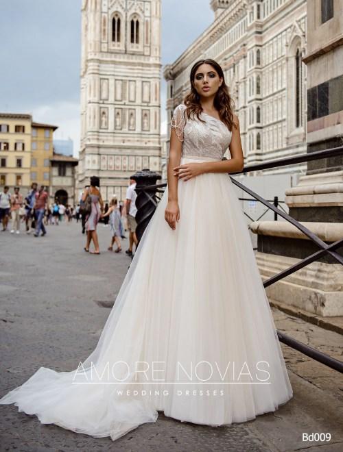 https://amore-novias.com/images/stories/virtuemart/product/bd009-------(1).jpg