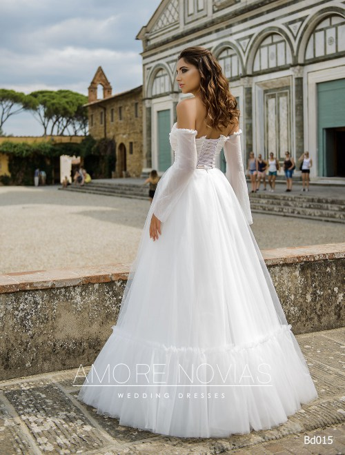 https://amore-novias.com/images/stories/virtuemart/product/bd015-------(3).jpg