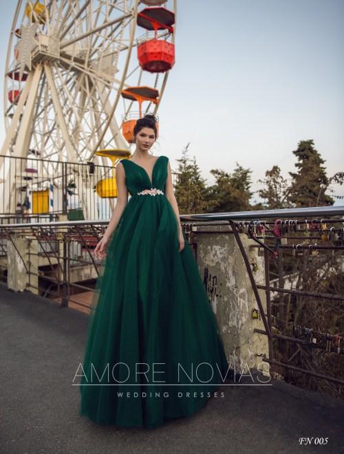 https://amore-novias.com/images/stories/virtuemart/product/fn-005--------(1).jpg