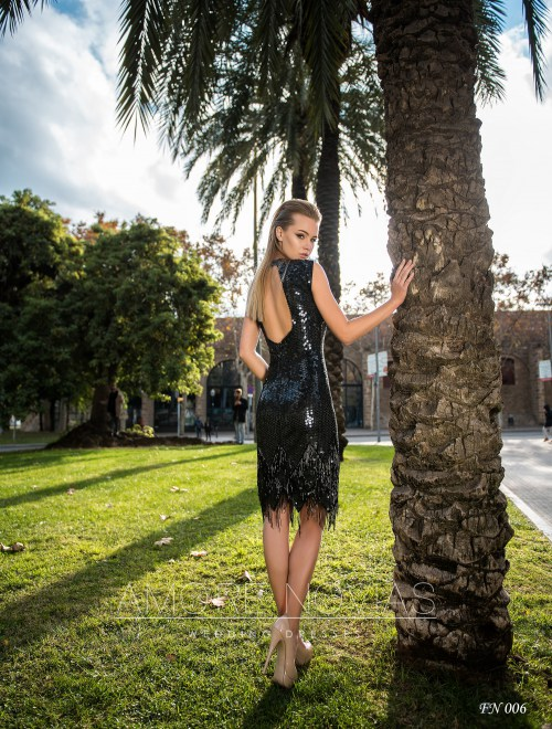 https://amore-novias.com/images/stories/virtuemart/product/fn-006--------(3).jpg