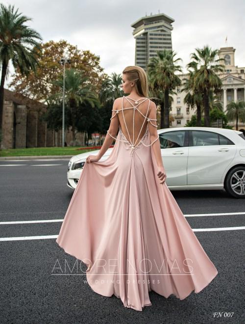 https://amore-novias.com/images/stories/virtuemart/product/fn-007--------(3).jpg
