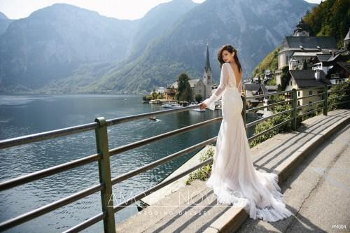https://amore-novias.com/images/stories/virtuemart/product/for-bridal-pro14.jpg
