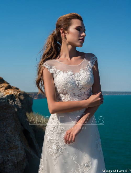 https://amore-novias.com/images/stories/virtuemart/product/lk-017-------(2).jpg