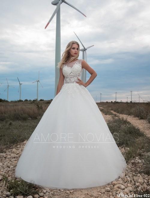 https://amore-novias.com/images/stories/virtuemart/product/lk-022-------(1).jpg