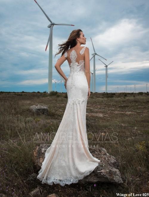 https://amore-novias.com/images/stories/virtuemart/product/lk-025-------(3).jpg