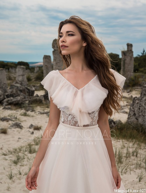 https://amore-novias.com/images/stories/virtuemart/product/lk-027-------(2).jpg