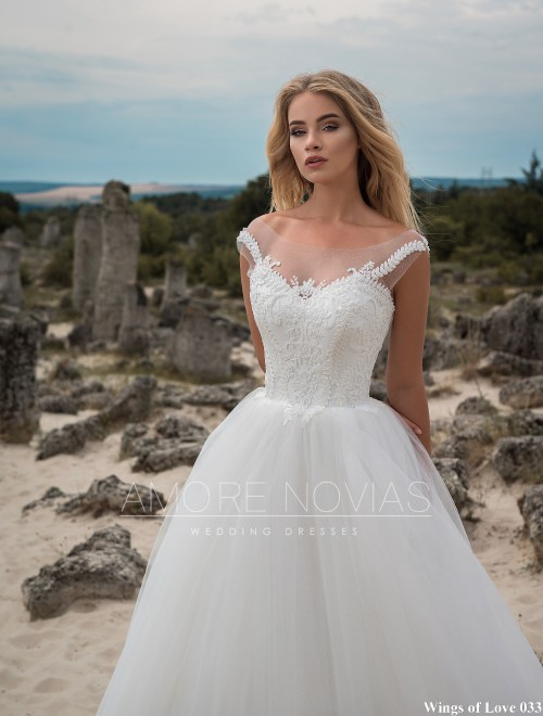 https://amore-novias.com/images/stories/virtuemart/product/lk-033-------(2).jpg