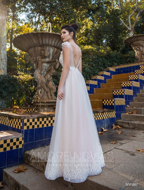 https://amore-novias.com/images/stories/virtuemart/product/mp-007--------(3).jpg
