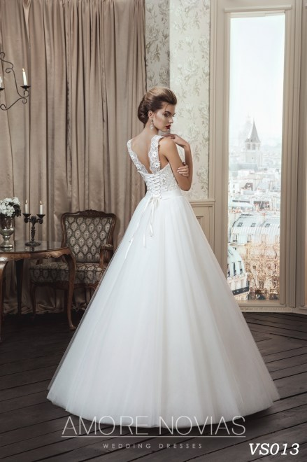https://amore-novias.com/images/stories/virtuemart/product/vs013a.jpg