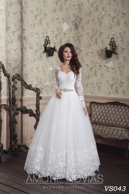 https://amore-novias.com/images/stories/virtuemart/product/vs043.jpg