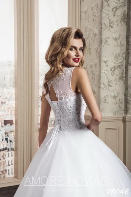 https://amore-novias.com/images/stories/virtuemart/product/vs046a.jpg