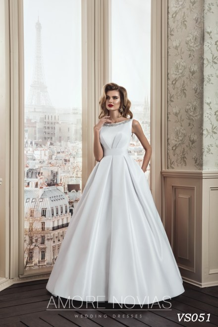 https://amore-novias.com/images/stories/virtuemart/product/vs051.jpg