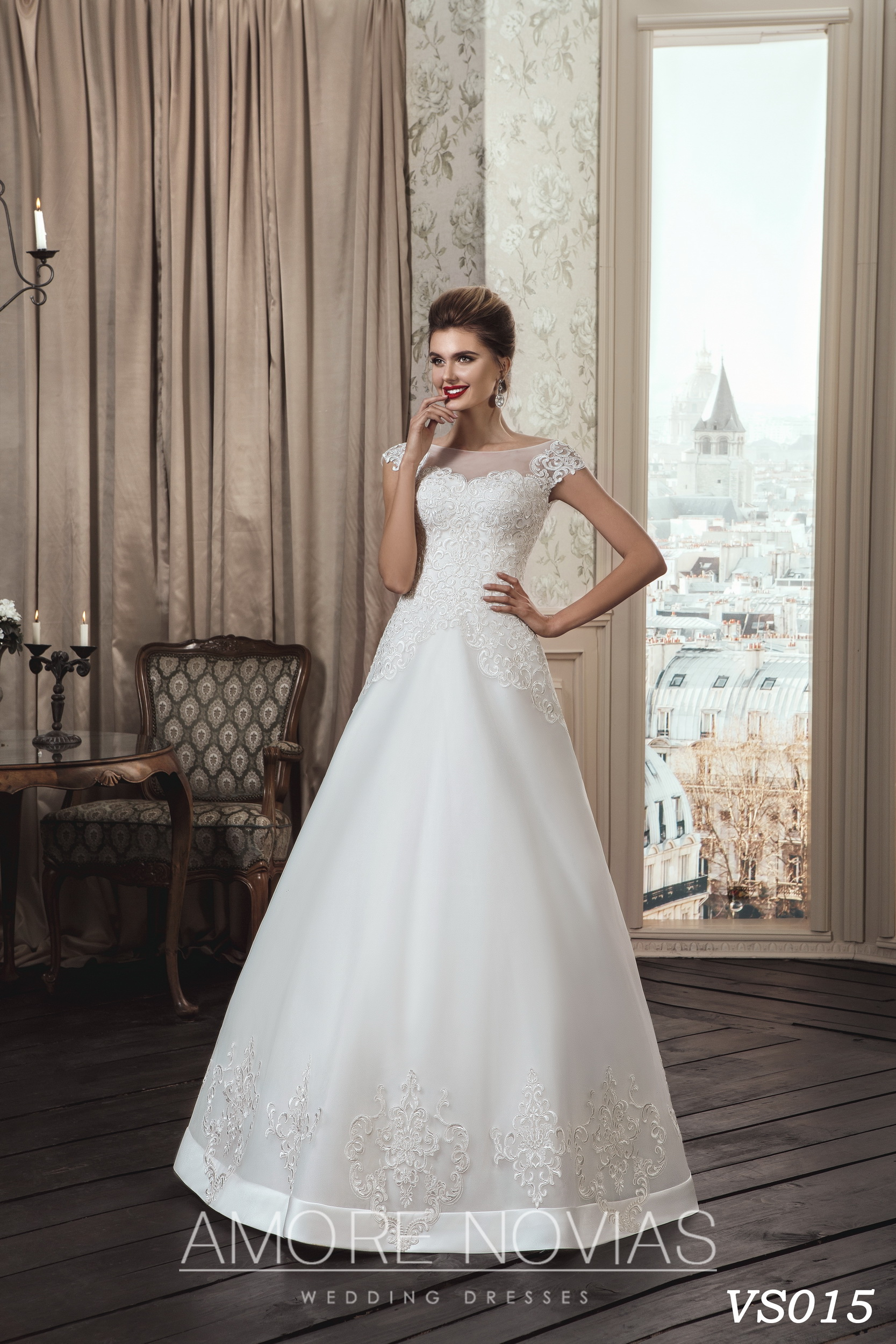https://amore-novias.com/images/stories/virtuemart/product/vs015.jpg