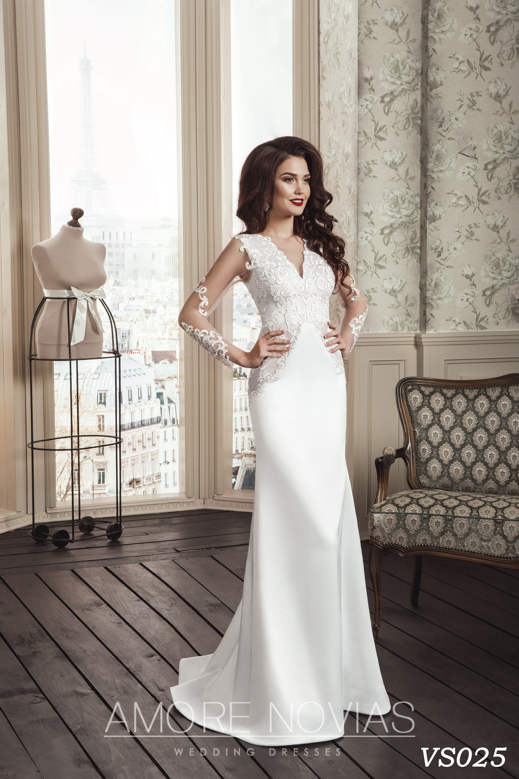https://amore-novias.com/images/stories/virtuemart/product/vs025.jpg